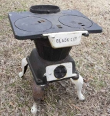 "Black and White ""Black Cat"" Laundry Stove"