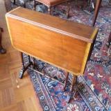 Mahogany Sutherland Table with Inlay Around Top