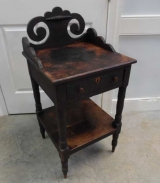 Small Folk Art American Table with Heart Escutcheon in Original Conidtion