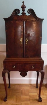 Unusual and Fine Diminutive 18th Century Fitted Cupboard on Stand with Cabriole Legs